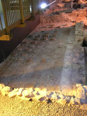 Caerleon legionary baths hypocaust