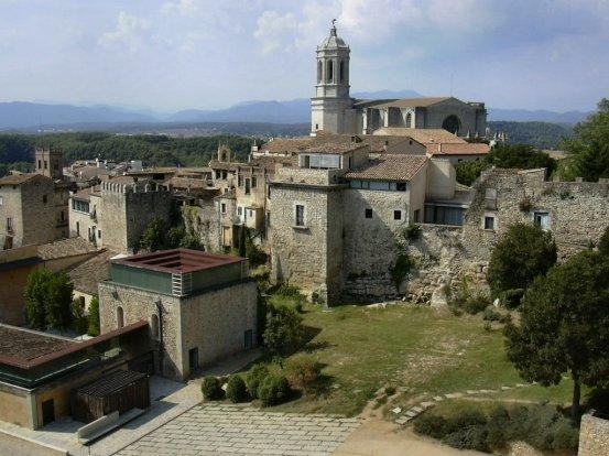 Girona walls and towers